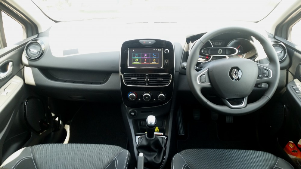 2018 Renault Clio Urban Nav TCe 90 BHP Manual 5 Door Hatch