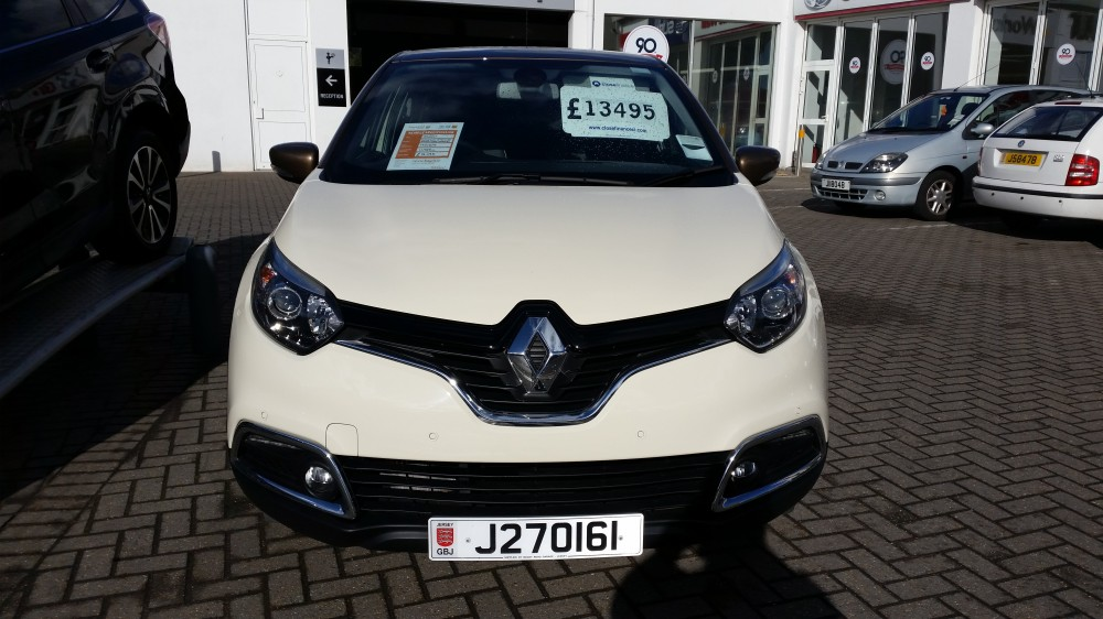 2016 Renault Captur Iconic Nav Special Edition TCe 120 BHP EDC Automatic 5 Door Urban Crossover