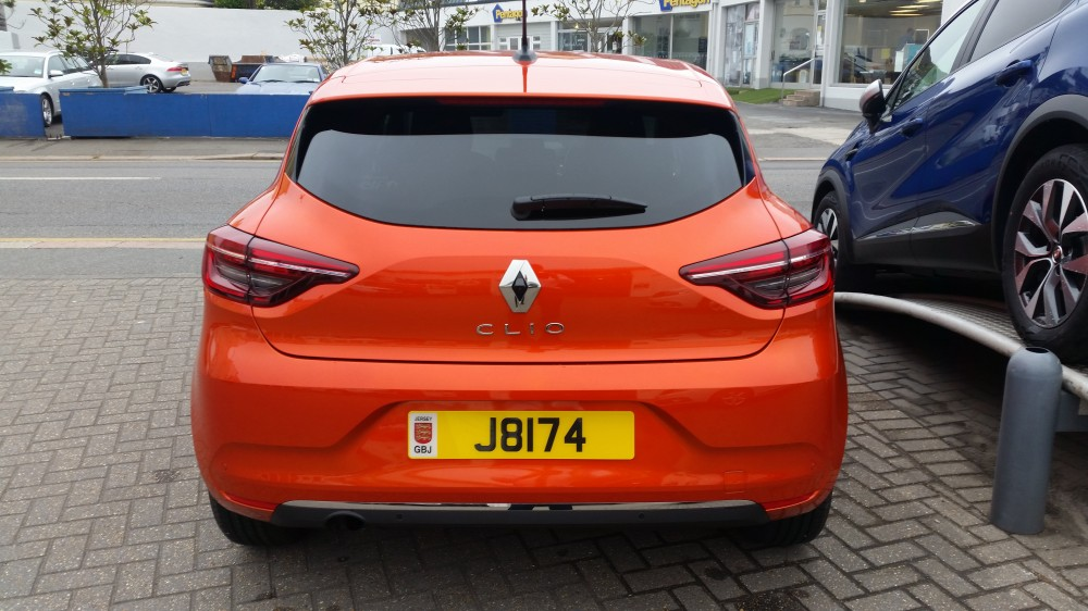 2019 All-New Renault Clio Iconic TCe 100 BHP Manual 5 Door Hatch