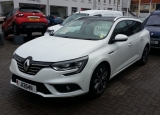 used car 2017 Renault Megane Signature Nav 1.6 dCI 130 BHP Manual 5 Door Sport Tourer